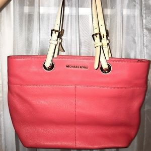 Authentic peach Michael kors bag